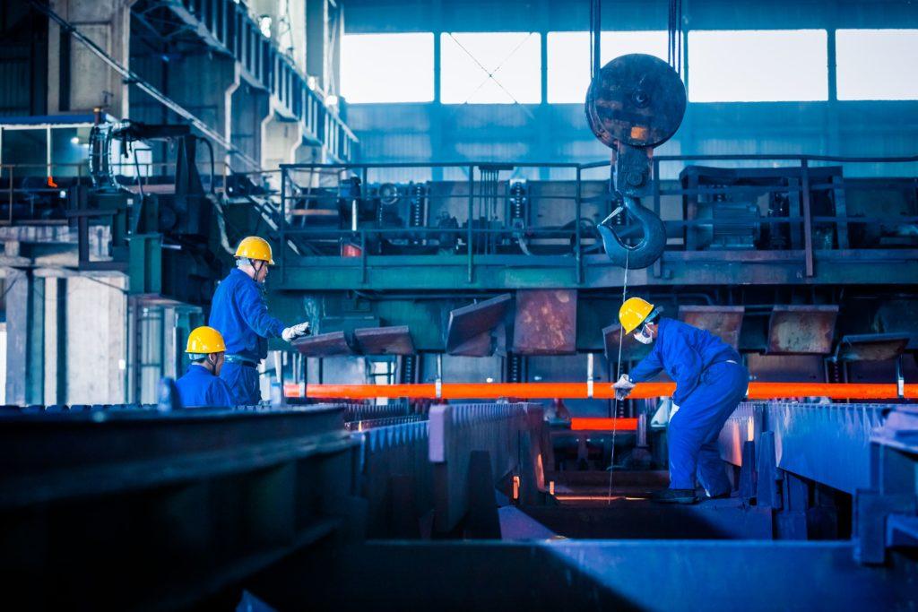 Cómo equilibrar el riesgo de tus equipos industriales, auxiliar