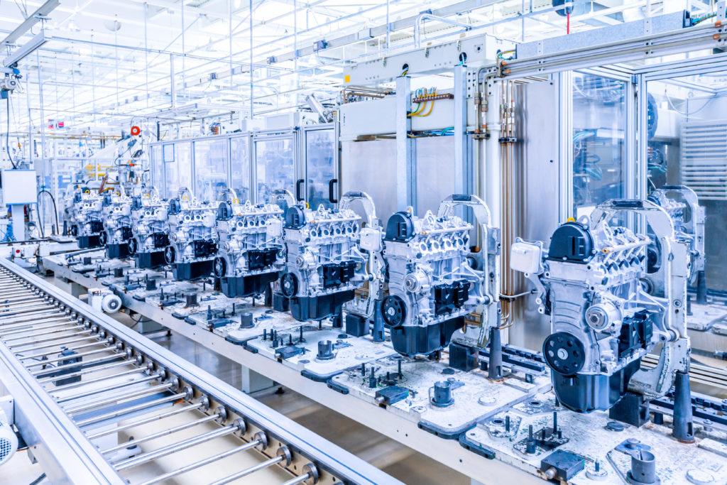 Las máquinas y la industria del automóvil incorpora la realidad aumentada en sus productos
