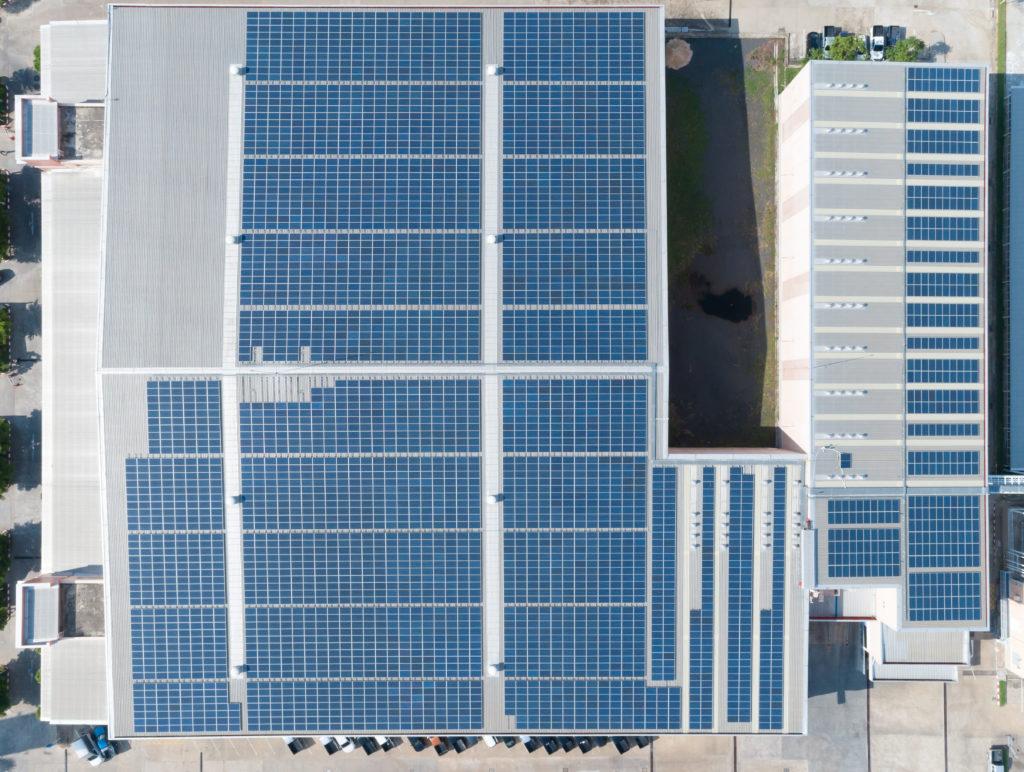 paneles solares para techos industriales