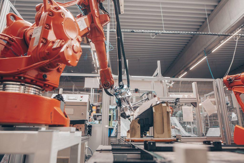 robots industriales y mantenimiento frente a condiciones ambientales